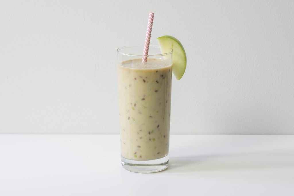Apple Flax Smoothie